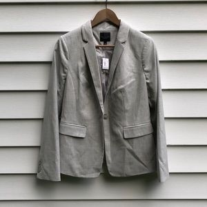 The Limited Online Exclusive NWT Blazer Sz 6
